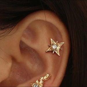 MOVING SALE 🎉 Star earring stud